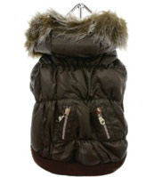 quilted dog parka with detachable hood in black